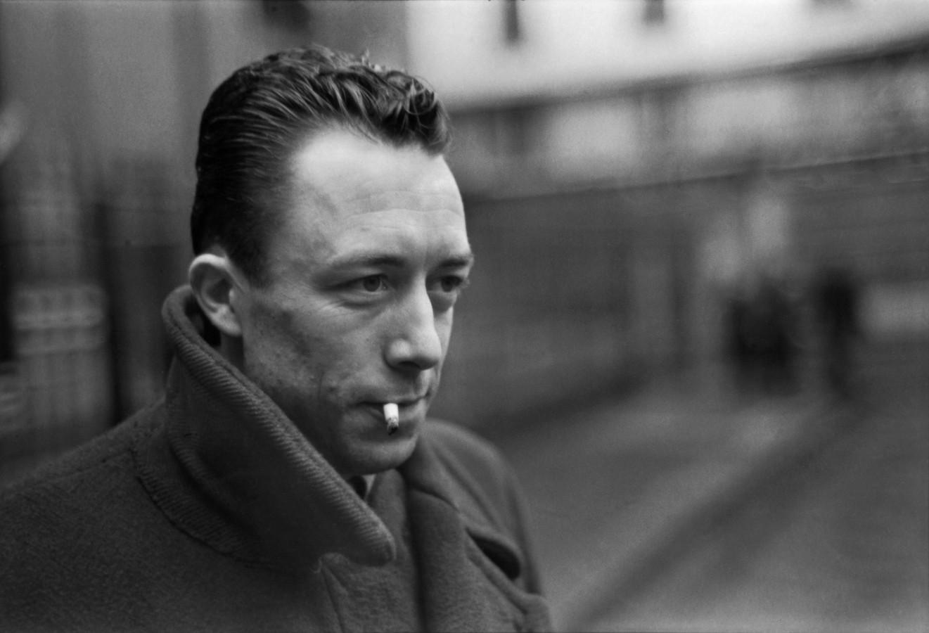 09 Camus
